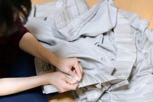 カーテンを洗濯したい! 自宅やコインランドリーで洗う方法を解説